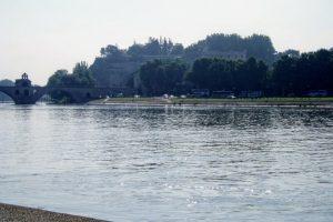 ロシェ・デ・ドン公園方面