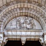 モナコ大聖堂の彫刻