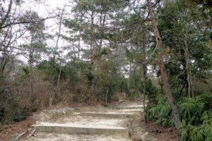 法照寺方面からの登山道