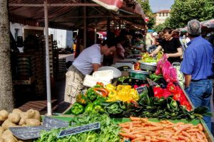 野菜市ーサレヤ広場ー