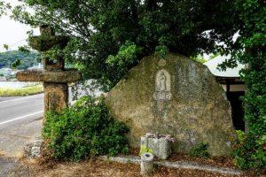 地蔵尊と石灯籠