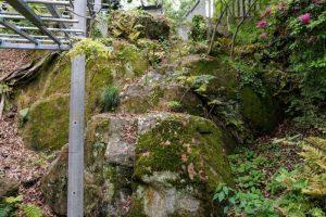 枯滝石組ー阿智神社ー