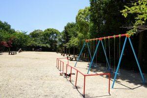 足高公園 遊戯広場