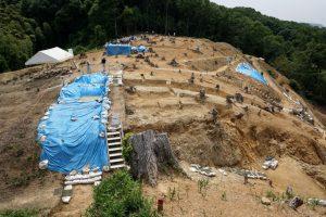 南山城跡発掘現場