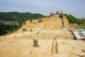 切岸のある櫓台ー南山城跡ー