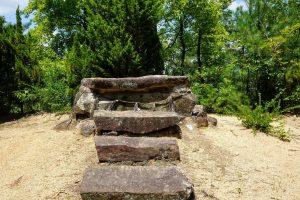 石棺ー青陵神社ー