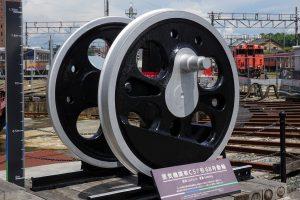 蒸気機関車C57形68号動輪