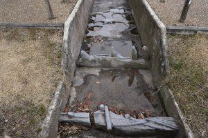 水攻め築堤跡の調査