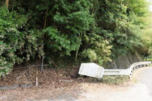 皷山登山道入口(西側)