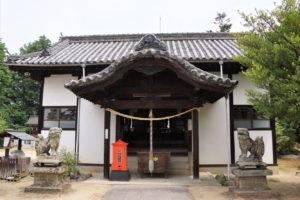 両児神社拝殿