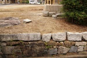 この石垣の石は水攻め当時のもの?