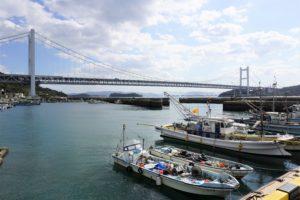 吹上漁港と瀬戸大橋