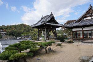 観音寺 鐘楼
