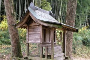 有木神社 本殿