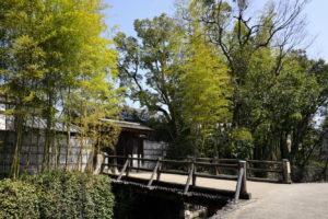 犬養木堂生家の裏門