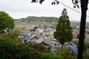 富山城跡方面ー尾上八幡宮よりー