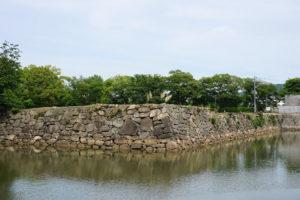 宍粟櫓跡(内堀側より)