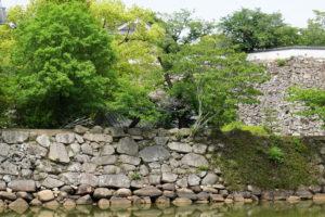 舂屋櫓跡(内堀側より)