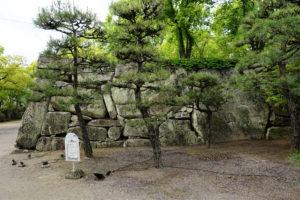 桝形見付けの石垣