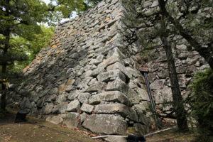 大納戸櫓台の石垣ー南面ー