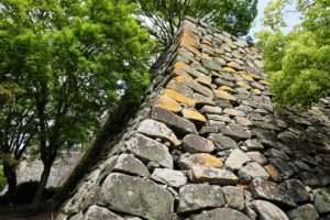 大納戸櫓台の石垣