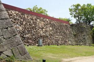 中の段南西の石垣ー伊部櫓跡下よりー