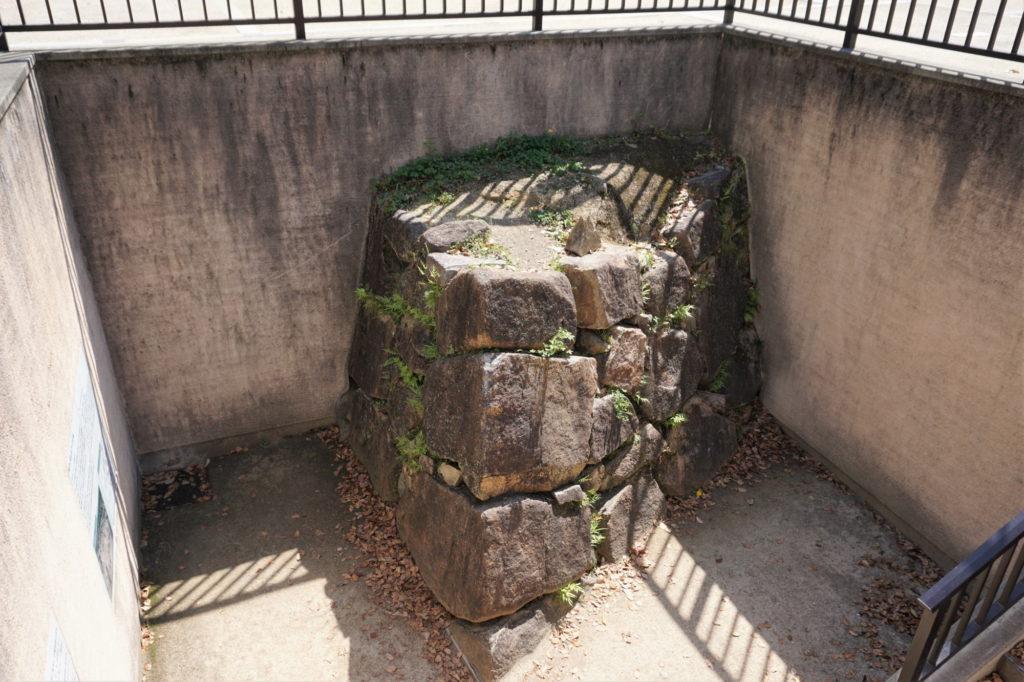 宇喜多秀家築城当時の石垣